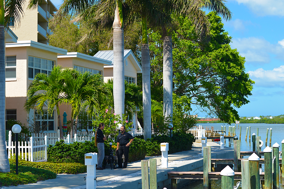 Photo Gallery Barefoot Beach Resort
